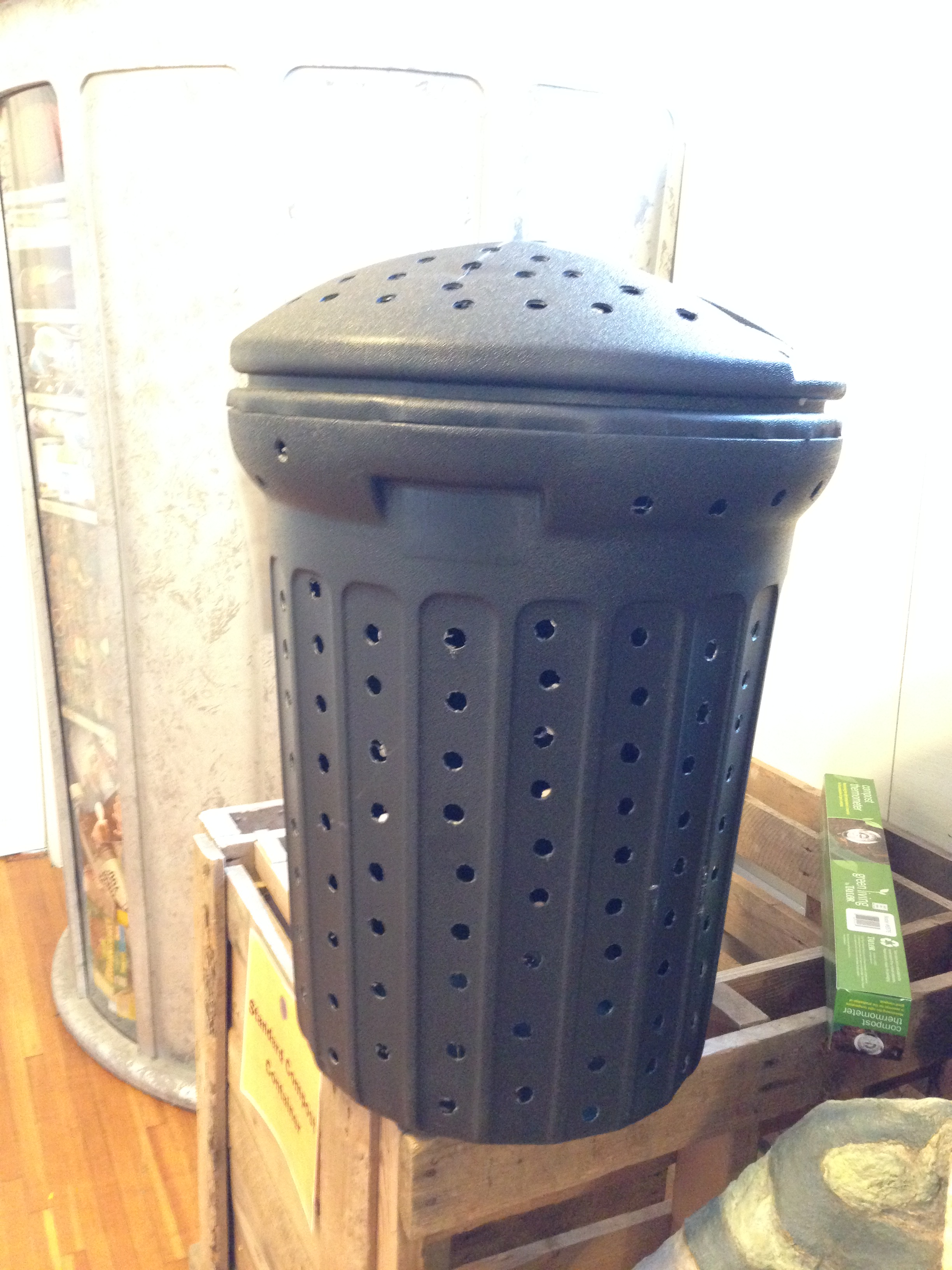Convert A Garbage Can Into Compost Barrel
